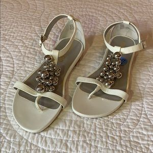 🆕 Me Too sandals with silver accents